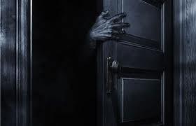 monter_closet